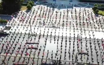 Εντυπωσιακό πλάνο από τη συγκέντρωση του ΠΑΜΕ στο κέντρο της Αθήνας