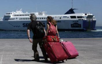 Δημοσκόπηση ΣΚΑΪ: 6 στους 10 Έλληνες θέλουν να πάνε διακοπές με καλές τιμές - Πώς κρίνουν τον Σωτήρη Τσιόδρα