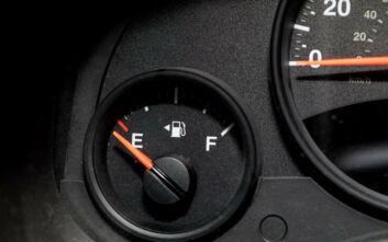 Πώς μπορείτε να κάψετε λιγότερη βενζίνη το καλοκαίρι