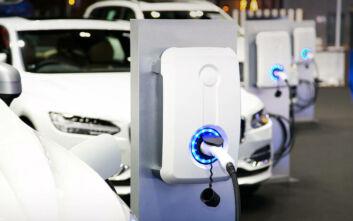 Τα δύο άγχη που έχουν οι οδηγοί που θέλουν να αγοράσουν ηλεκτρικό αυτοκίνητο