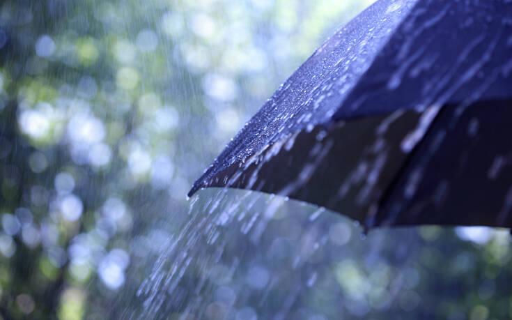 Αγριεύει ο καιρός από το μεσημέρι - Πού θα πέσουν καταιγίδες και χαλάζι