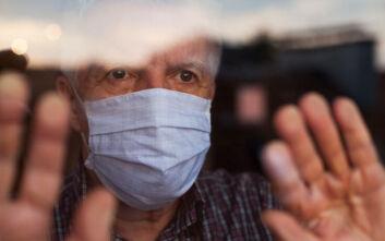 Μεγάλη Βρετανία: Ανοσμία και αγευσία στον επίσημο κατάλογο συμπτωμάτων του κορονοϊού