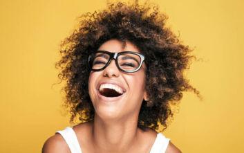 Μαθήματα γέλιου στο διαδίκτυο γυμνάζουν 400 μυς