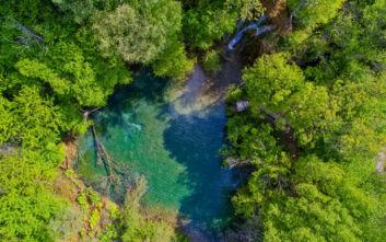Η μυστική «Γαλάζια Λίμνη» στη Βόρεια Ελλάδα