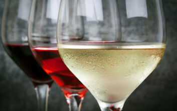 Bild: «Το ελληνικό κρασί είναι ήδη παγωμένο!» - Άρθρο της γερμανικής εφημερίδας στον ελληνικό τουρισμό