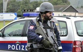 Αυστρία: Πλήγμα κατά νεοναζιστών, σε εφόδους και έρευνες της αστυνομίας σε 24 κατοικίες