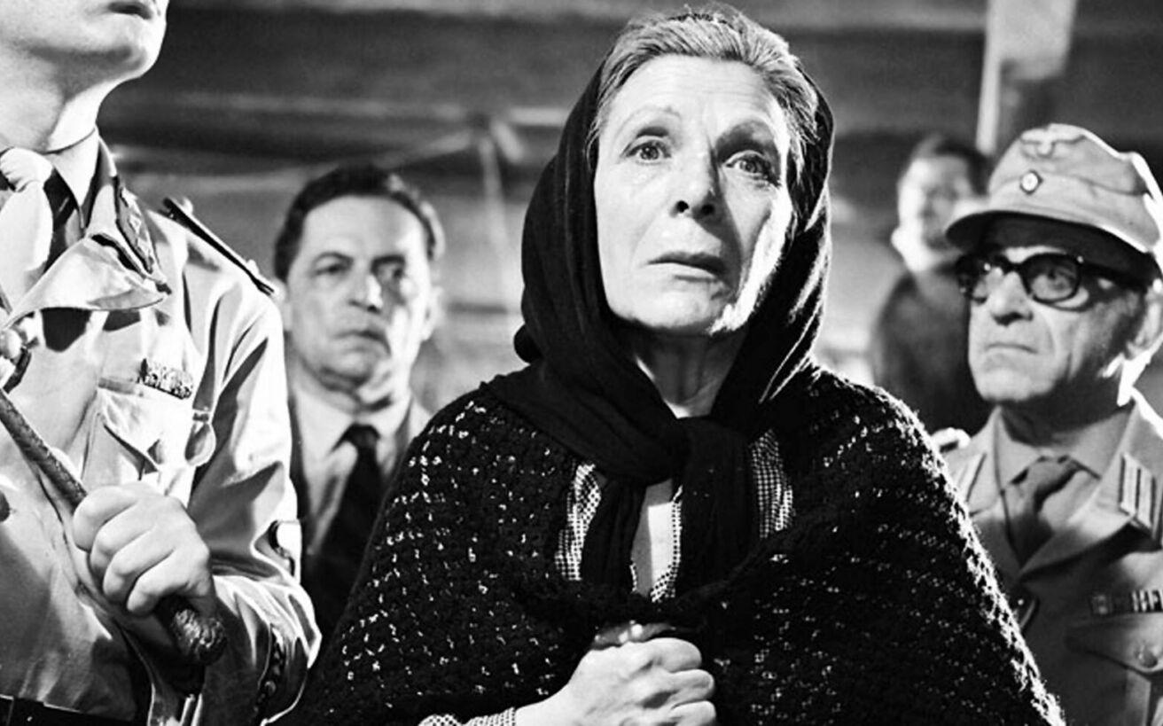 Πέντε κλασικές και αγαπημένες μάνες του ελληνικού κινηματογράφου
