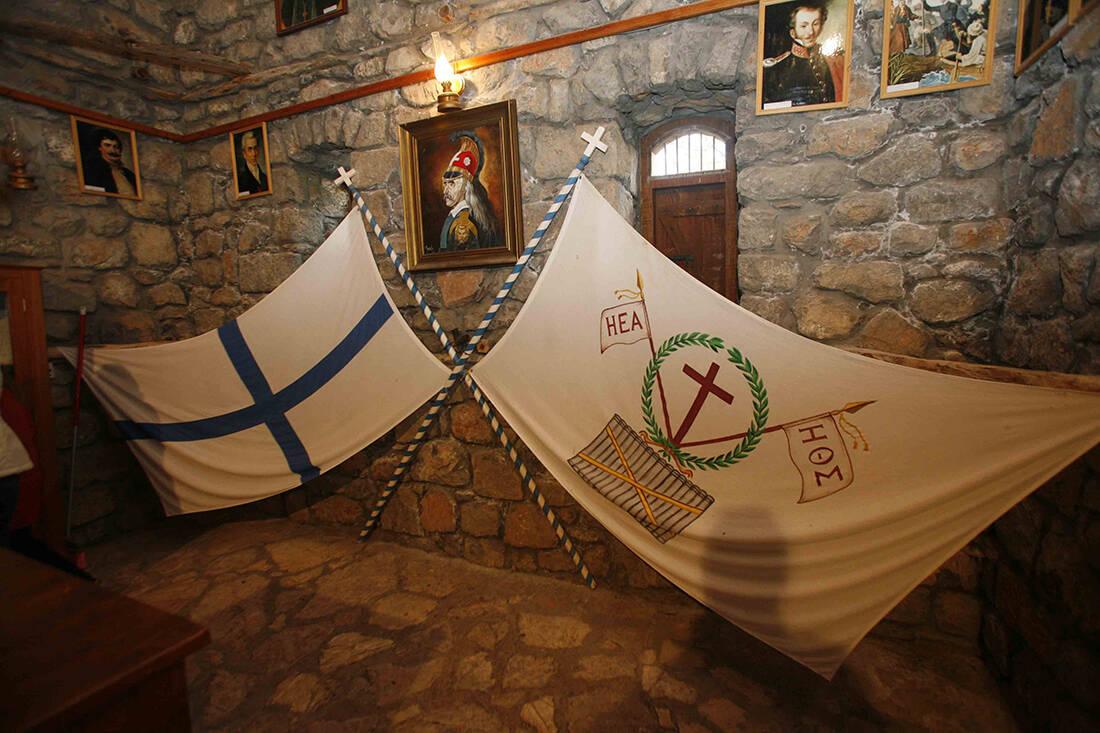 Ο αφορισμός του Κολοκοτρώνη από το Πατριαρχείο που ξεκλήρησε τους κλέφτες του Μοριά 15