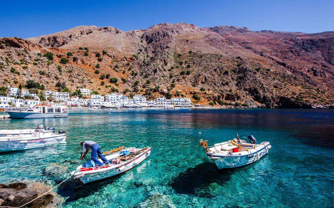 Ελληνικά χωριά που η εικόνα τους δε θυμίζει σε τίποτα τον προορισμό όπου βρίσκονται