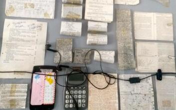 «Σκονάκια» για μουσείο: Εικόνες από τις ευφάνταστες προσπάθειες φοιτητών να ξεγελάσουν τους καθηγητές τους
