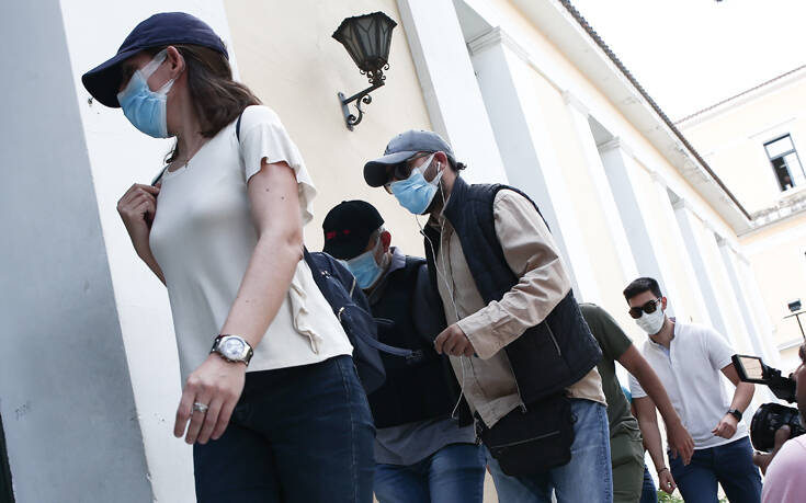 Υπόθεση ψευτογιατρού: Νέα έρευνα στο σπίτι του – Ψάχνουν τα χρήματα από τις απάτες