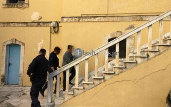 Με κλειστές πόρτες η δίκη του Χανιώτη καθηγητή που κατηγορείται για ασέλγεια σε μαθήτριες