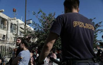 Στην Υπηρεσία Ασύλου για δεύτερη ημέρα ο Νότης Μηταράκης