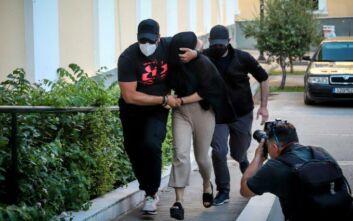 Επίθεση με βιτριόλι: Χείλη ερμητικά κλειστά κρατά η 35χρονη - Αρνείται ότι επιτέθηκε στην Ιωάννα