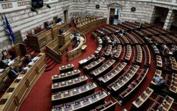 Ένταση στη Βουλή για τη συνομιλία Μιωνή-Παππά: «Το να κουνάει το δάχτυλο η ΝΔ είναι σαν να κάνει διάλεξη ο Μπιν Λάντεν για την αξία της ανθρώπινης ζωής»