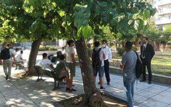 Επίσκεψη Μηταράκη στην πλατεία Βικτωρίας