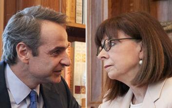 Ο Μητσοτάκης στη Σακελλαροπούλου με φόντο τις νέες προκλήσεις της Άγκυρας