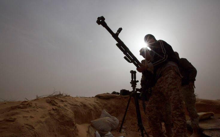 Συνεχίζονται οι παραβιάσεις του εμπάργκο όπλων στη Λιβύη