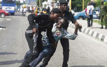 Διαδικτυακό κίνημα διαμαρτυρίας για την αστυνομική βία στη Νιγηρία