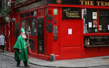 Ανεβάζουν ρολά μετά από 15 εβδομάδες οι ιρλανδικές παμπ