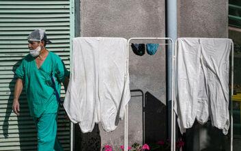 «Βαρύ φόρο» στον κορονοϊό πλήρωσαν οι νοσηλευτές με 600 θανάτους παγκοσμίως