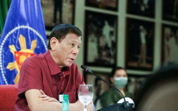 Ένοχη για «συκοφαντική δυσφήμιση» δημοσιογράφος που επικρίνει τον πρόεδρο των Φιλιππίνων