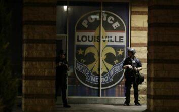 Δημοφιλής εστιάτορας ο νεκρός από αστυνομικά πυρά στο Κεντάκι – Καρατομήθηκε ο αρχηγός της αστυνομίας
