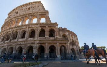 Εικόνες από το Κολοσσαίο που άνοιξε μετά από σχεδόν 3 μήνες με μόλις 300 επισκέπτες