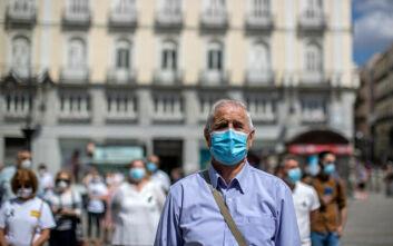 Υποχρεωτική η χρήση της μάσκας στην Ισπανία - «Προστασία μέχρι να νικηθεί οριστικά ο κορονοϊός»