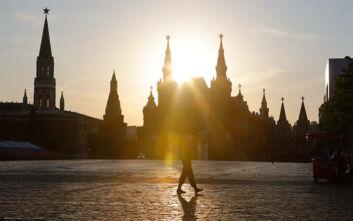 Ειδικά τούνελ απολύμανσης έχουν εγκατασταθεί λόγω κορονοϊού στο Κρεμλίνο