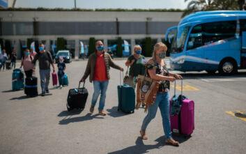 Τεράστιο πλήγμα στον τουρισμό της Ισπανίας: Μειωμένες κατά 87% οι αφίξεις τον Οκτώβριο