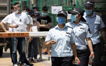Ανησυχία για νέα κρούσματα στην Κίνα: 46 περιστατικά στα ηπειρωτικά, 22 στην Σιντζιάνγκ
