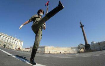 Πούτιν: Η Ρωσία είναι έτοιμη να αντιμετωπίσει οποιαδήποτε εξέλιξη με τον κορονοϊό