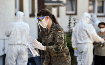 Άλλοι 13 θάνατοι λόγω COVID-19 στη Γερμανία - Αγγίζουν τις 9.000 οι νεκροί στη χώρα