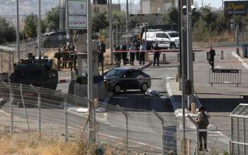 Ένταση στη Δυτική Όχθη: Παλαιστίνιος έπεσε με το αυτοκίνητό του σε σημείο ελέγχου – Νεκρός ο οδηγός