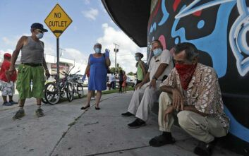 Ρεκόρ κρουσμάτων κορονοϊού στην Φλόριντα, σχεδόν 10.000 μέσα σε 24 ώρες