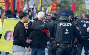 Η Αυστρία καλεί τον Τούρκο πρεσβευτή μετά τις συγκρούσεις Κούρδων και Τούρκων διαδηλωτών