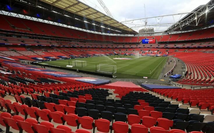Η αγγλική ποδοσφαιρική ομοσπονδία απέλυσε 124 άτομα λόγω κορονοϊού