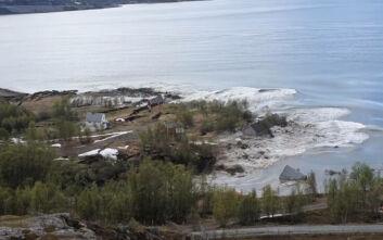 Τεράστια κατολίσθηση στη Νορβηγία - Σπίτια γλίστρησαν στη θάλασσα, «έτρεξα για να σωθώ»