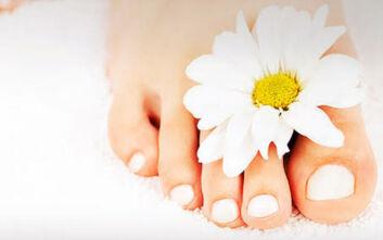 7 τρόποι για να διατηρήσετε τα πόδια σας αρκετά όμορφα και υγιή όλο το καλοκαίρι