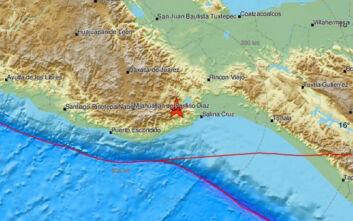 Ισχυρός σεισμός τώρα στο Μεξικό - Οι πρώτες εικόνες