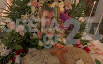 Λευτέρης Καλομοίρης: Συγκλόνισαν με μαντινάδες οι κόρες του