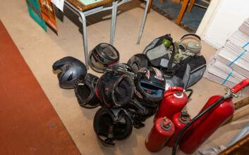 Βίντεο και φωτογραφίες των ευρημάτων από τις εκκενωμένες καταλήψεις στα Εξάρχεια