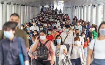 Σε νέο ρεκόρ τα κρούσματα κορονοϊού παγκοσμίως: 660.905 μόνο το Σάββατο, πάνω από 54 εκατ. συνολικά