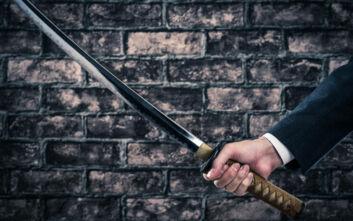 Ανατριχιαστικό έγκλημα: Κατακρεούργησε τη σύζυγό του με σπαθί σαμουράι και μπαλτά