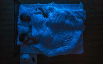 Ο ύπνος στο ίδιο κρεβάτι βοηθά τα ζευγάρια - Εμβαθύνουν τη σχέση τους και βλέπουν περισσότερα όνειρα