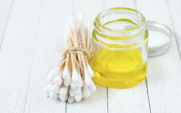 Τι μπορείτε να κάνετε με το baby oil