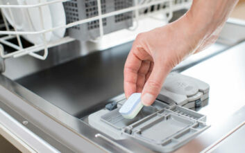 Πώς να κάνετε σπιτικές κάψουλες για το πλυντήριο πιάτων