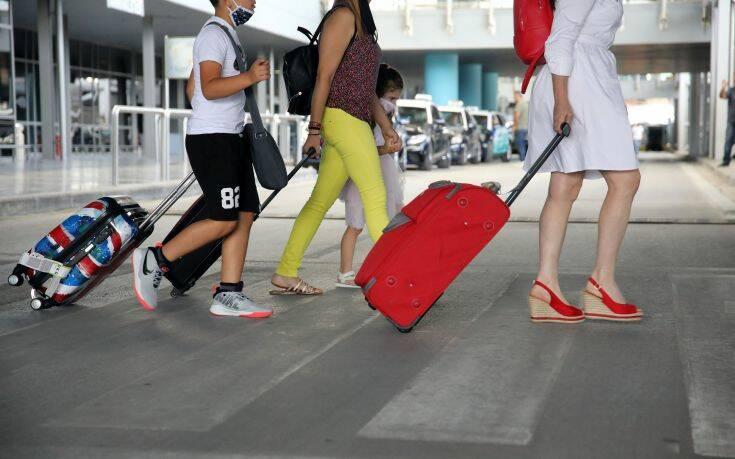 Επίσκεψη Χαρδαλιά σε 18 περιφερειακά αεροδρόμια - Αρχίζουν από 1η Ιουλίου οι πτήσεις εξωτερικού