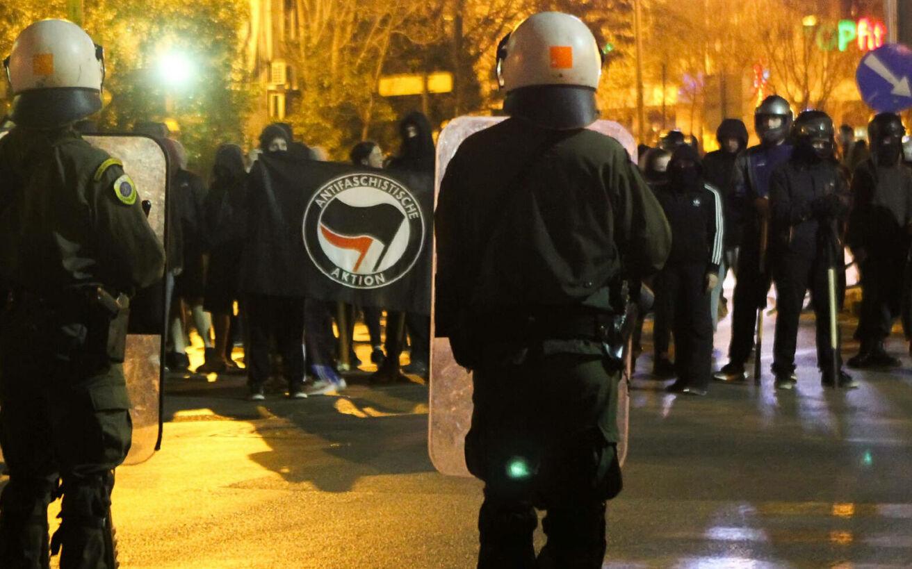 Η πραγματική ιστορία του Antifa κινήματος, από τις μάχες κατά των οπαδών του Χίτλερ μέχρι σήμερα